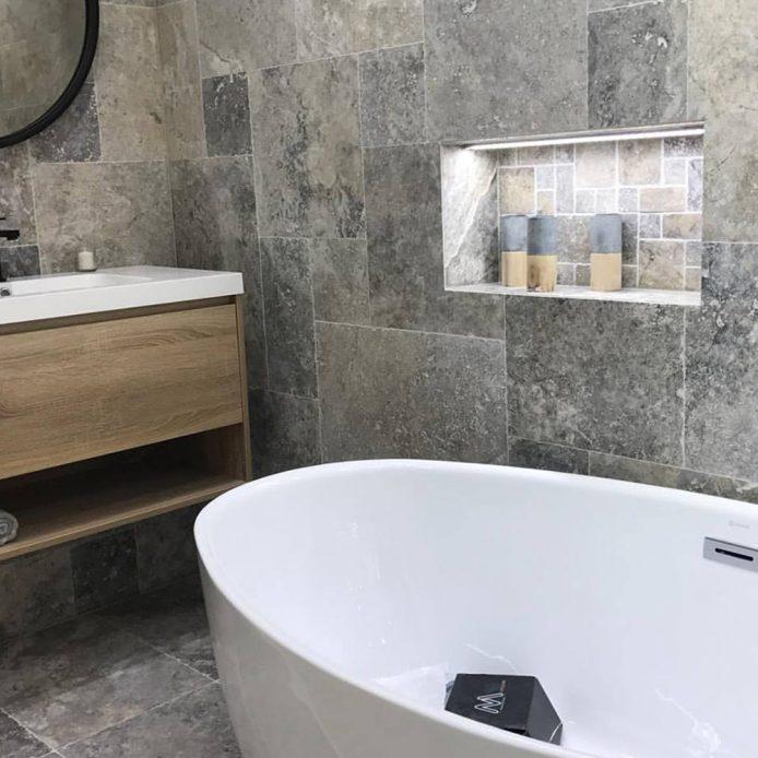 travertin gris salle de bain