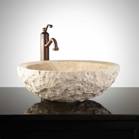 Vasque ronde en travertin beige extérieur brut
